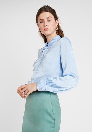 IMOGEN BLOUSE - Button-down blouse - pale blue