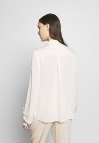 Ghost - BLOUSE - Button-down blouse - ivory - 2
