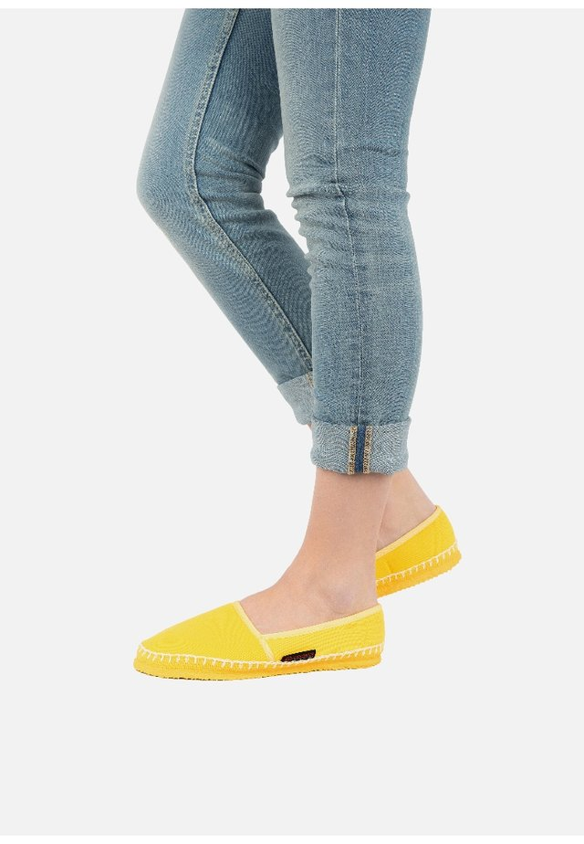 PALDAU - Chaussons - yellow