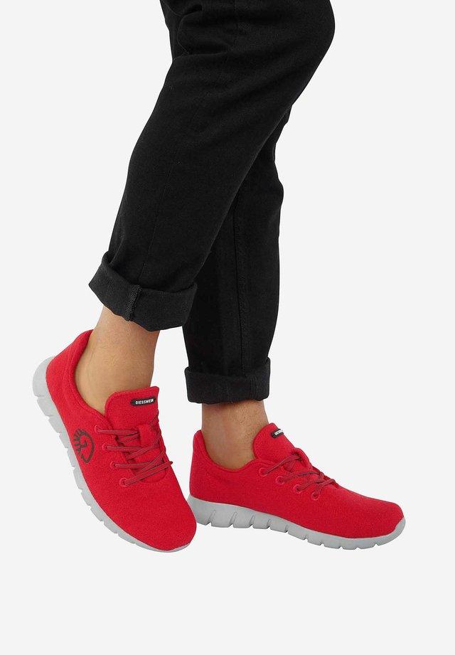 MERINO RUNNERS - Trainers - red