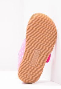 Giesswein - STANS SLIM FIT - Pantoffels - himbeer - 4