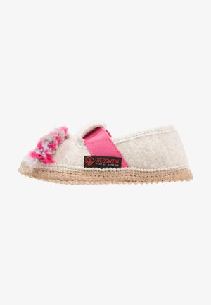 TRABENING - Slippers - offwhite