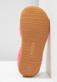 Giesswein - SCHLIER - Domácí obuv - himbeer - 5