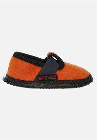 Giesswein - SOMO - Slippers - orange - 4