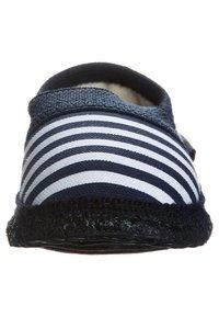 Giesswein - BABEN - Domácí obuv - dark blue - 2