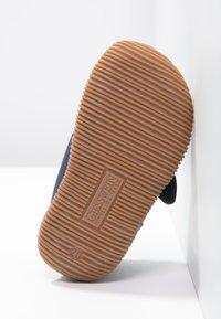 Giesswein - STRASS - Domácí obuv - dunkelblau - 4