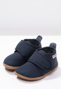 Giesswein - STRASS - Domácí obuv - dunkelblau - 2