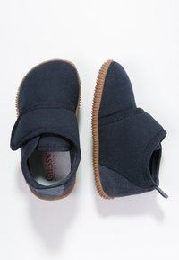 Giesswein - STRASS - Domácí obuv - dunkelblau - 1