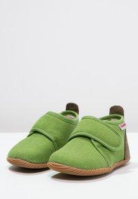 Giesswein - STRASS - Domácí obuv - gras - 2
