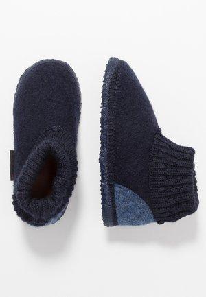 KRAMSACH - Domácí obuv - ocean