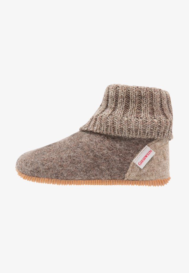 WILDPOLDSRIED - Pantoffels - taupe