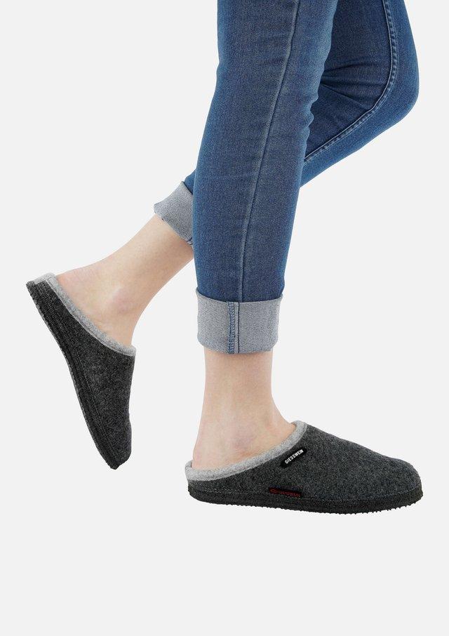 DANNHEIM  - Slippers - grey