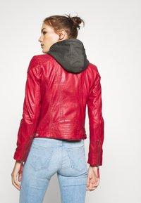 Gipsy - CACEY - Kožená bunda - red - 3