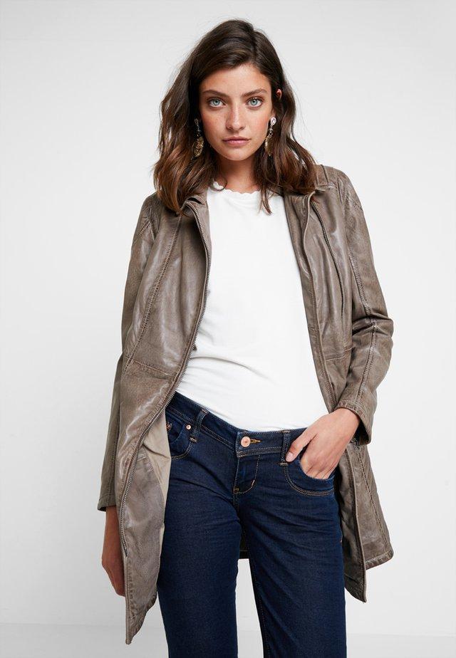 SELMA - Short coat - grey