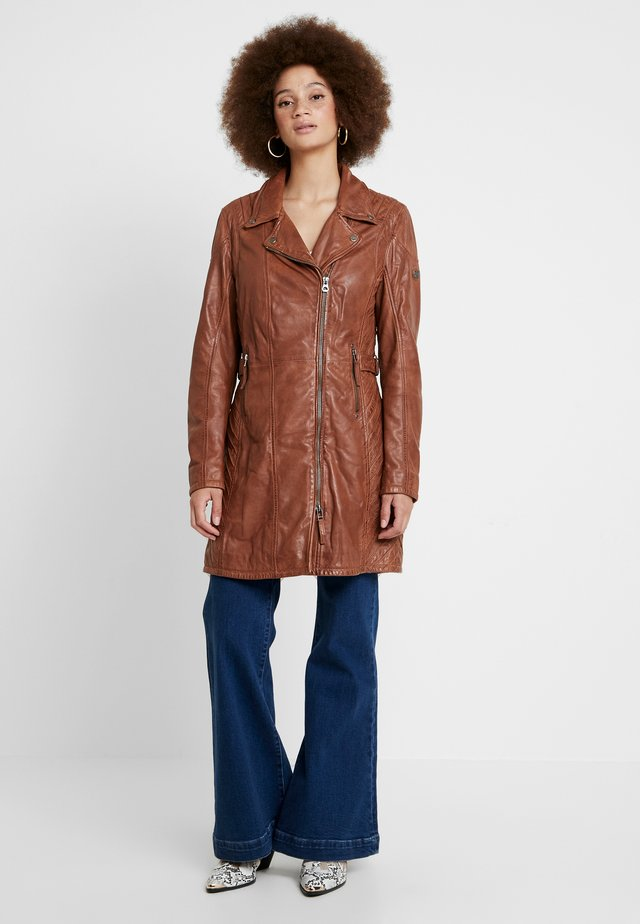 SELMA - Short coat - cognac