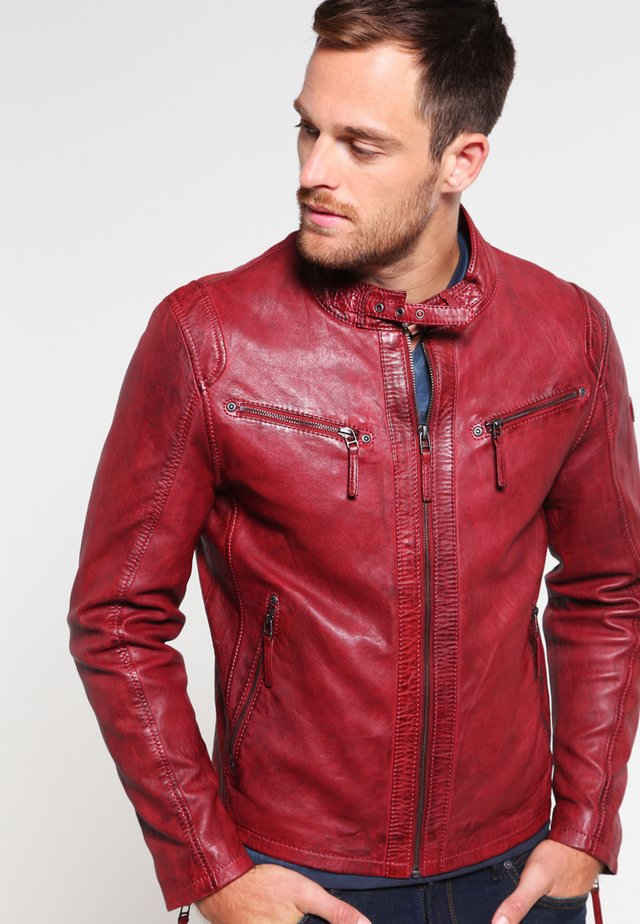 COBY - Leather jacket - rot