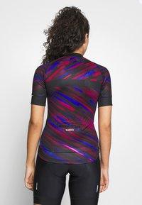 Giro - CHRONO EXPERT - T-shirt med print - black blur - 2