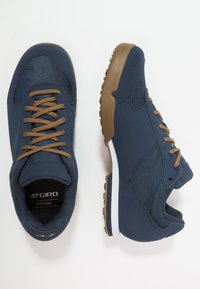 Giro - RUMBLE - Cycling shoes - dress blue - 1