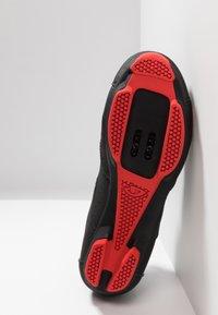 Giro - REV - Fahrradschuh - black/bright red - 4