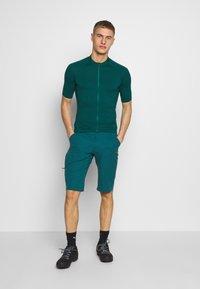 Giro - NEW ROAD  - T-Shirt print - true spruce heather - 1
