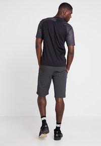 Giro - VENTURE - Sports shorts - charcoal - 2