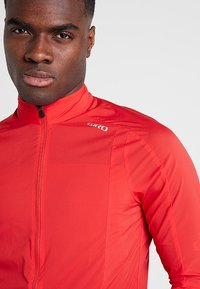 Giro - CHRONO EXPERT JACKET - Windbreaker - red