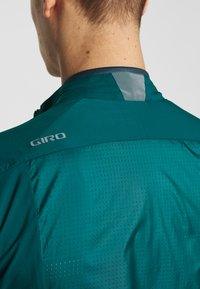 Giro - CHRONO EXPERT JACKET - Windbreaker - true spruce - 6