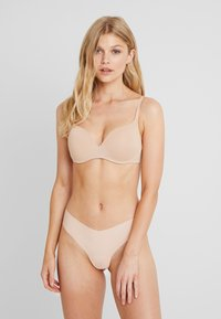 Gilly Hicks - NO SHOW THONG 3 PACK - Stringit - nude/berry wine/mocha - 0