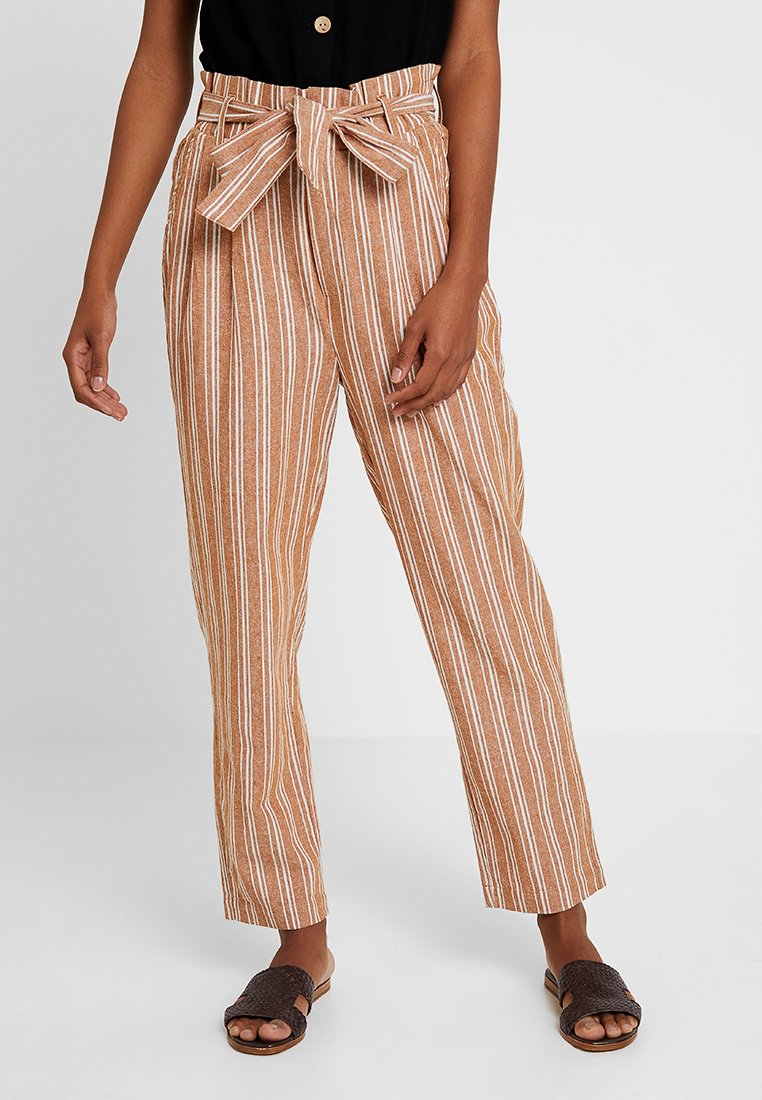 Gina Tricot - THERESE TROUSERS - Stoffhose - bran/offwhite
