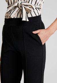 Gina Tricot - Pantalon classique - black - 4
