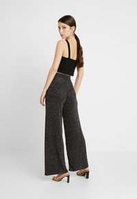 Gina Tricot - EXCLUSIVE ROXY TROUSERS - Bukse - black - 3