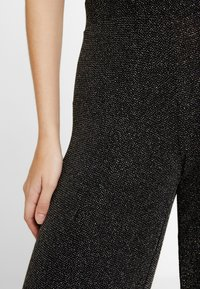 Gina Tricot - EXCLUSIVE ROXY TROUSERS - Bukse - black - 6