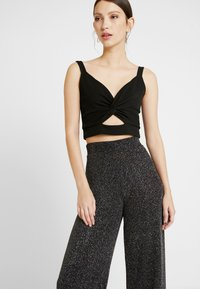 Gina Tricot - EXCLUSIVE ROXY TROUSERS - Kalhoty - black - 4