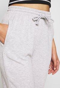 Gina Tricot - ABIGAIL - Pantalon de survêtement - grey melange - 4
