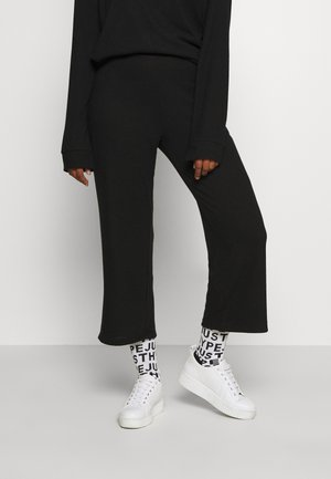 ALICIA CULOTTE TROUSERS - Tracksuit bottoms - black