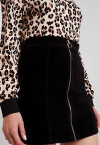Gina Tricot - VELMA SKIRT - Pencil skirt - black - 4