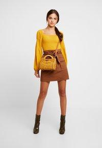 Gina Tricot - Spódnica mini - soft brown - 1