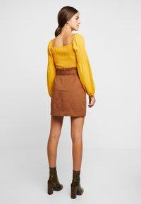 Gina Tricot - Spódnica mini - soft brown - 2