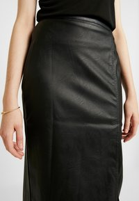 Gina Tricot - SAMANTHA SKIRT - Pencil skirt - black - 4
