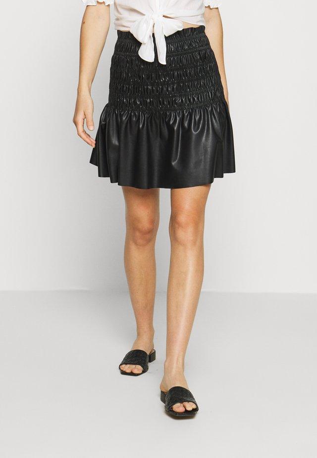 CHARLOTTA SKIRT - Kožená sukně - black