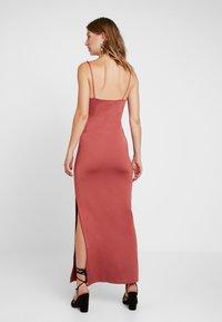 Gina Tricot - SUZY SLIP DRESS - Maxikleid - marsala - 2