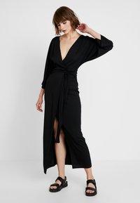 Gina Tricot - Robe d'été - black - 1