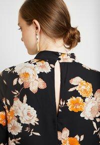 Gina Tricot - Vestito estivo - orange/rose - 6