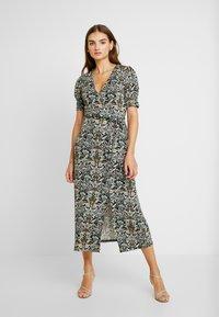 Gina Tricot - IDA WRAP DRESS - Robe d'été - nouveau - 0