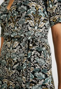 Gina Tricot - IDA WRAP DRESS - Robe d'été - nouveau - 6