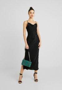 Gina Tricot - EXCLUSIVE SANDY SLIP DRESS - Korte jurk - black - 2