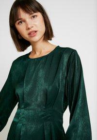 Gina Tricot - EXCLUSIVE SANDRA DRESS - Kjole - pine grove - 6