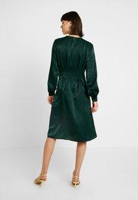 Gina Tricot - EXCLUSIVE SANDRA DRESS - Day dress - pine grove - 3