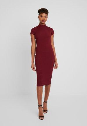 HEIDI DRESS - Pouzdrové šaty - wine
