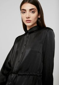 Gina Tricot - LOVISA DRESS - Skjortekjole - black - 3